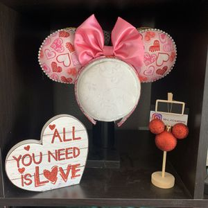 Minnie Mouse Ears for Sale in Fontana, CA
