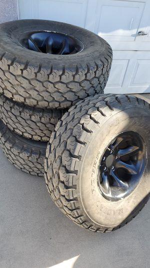 Jeep wheels 33x12.5r15 for Sale in Oak Glen, CA