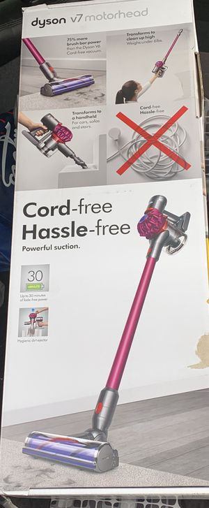 Dyson v7 for Sale in Playa del Rey, CA