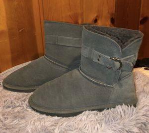 BearPaw fur boots for Sale in Southgate, MI