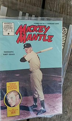 Magnu. Comics Mickey mantle first issue. With sibby austin and Mickey mantle cards in it. for Sale in Kingsport, TN