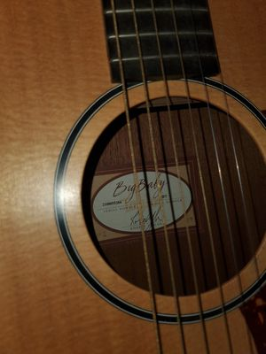 Big Baby Taylor acoustic guitar for Sale in Phoenix, AZ