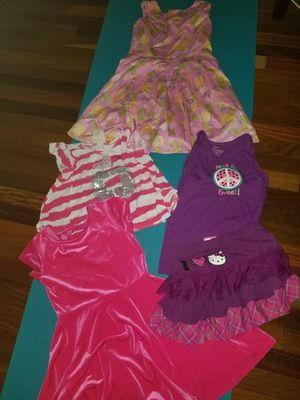 for girls size 7 / 8, 2 dresses, 2 shirts, 1 skirt, only $5! for Sale in Homestead, FL