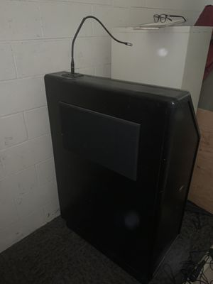 Speaker Stand with sound system for Sale in Ontario, CA