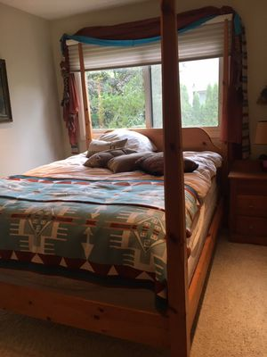 Bed Shaker pine pencil canopy Queen for Sale in Portland, OR