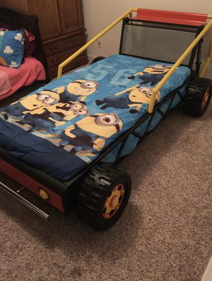 Twin car bed frame for Sale in Clovis, CA