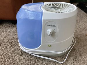 Holmes Humidifier with Extra Filters for Sale in Foster City, CA
