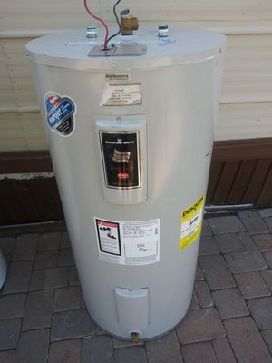 Electric water heater/ Boiler electrico for Sale in Phoenix, AZ