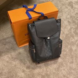 LV Backpack for Sale in Portland,  OR