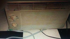 Kenmore - 5250 BTU Window / Wall AC for Sale in Pinellas Park, FL