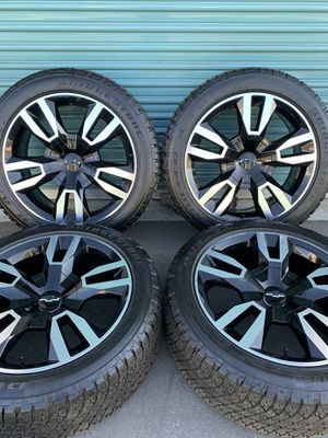 Chevy Tahoe RST Factory Wheels for Sale in Fontana, CA