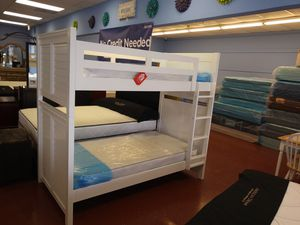 Solid wood Twin Bunk Bed ! FREE Delivery!!! for Sale in Hialeah, FL