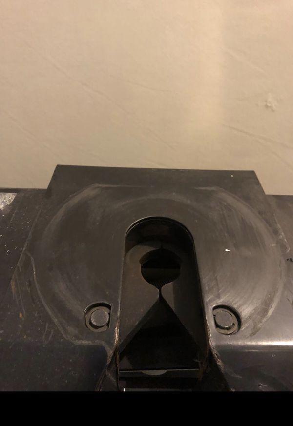Fifth wheel hitch - Reese 16k