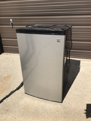 Kenmore Mini Fridge for Sale in March Air Reserve Base, CA