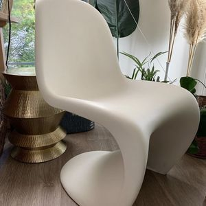S-curve modern Panton chairs for Sale in Chamblee, GA