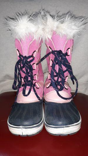 Girls size 4 ozark trail winter boots for Sale in Mishawaka, IN