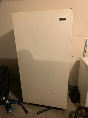 Upright freezer free for Sale in Federal Way, WA