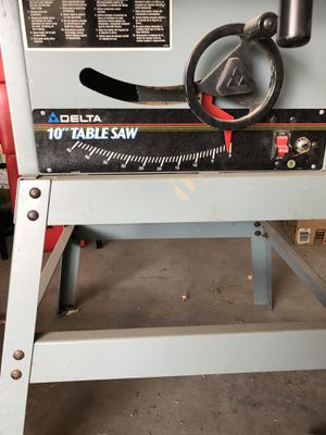 Delta table saw with stand for Sale in Highland, UT