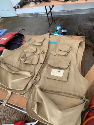 Fishing vest xl for Sale in Vancouver, WA