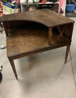 Vintage corner table for Sale in Manteca, CA