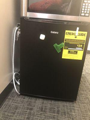 Mini fridge with freezer for Sale in Fairfax, VA