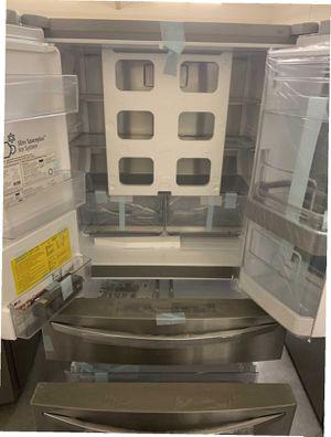 LG Fridge 22.5 cu. ft. Smart French Door Refrigerator InstaView Door-In-Door Dual and Craft Ice for Sale in Whittier, CA