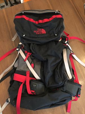 The North Face Hiking Backpack for Sale in Chicago, IL