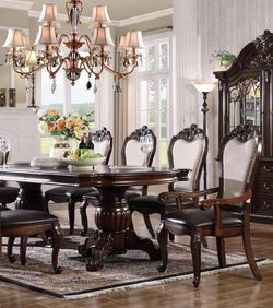 7 Pcs Dining Table for Sale in Pomona,  CA