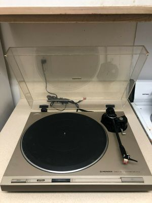 PIONEER PL-4 DIRECT DRIVE AUTO RETURN STEREO TURNTABLE. NEEDS NEW STYLUS. WORKS! for Sale in Washington, DC