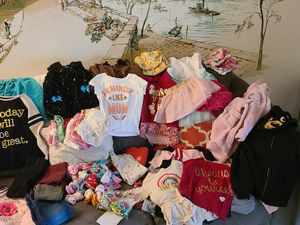 Girls Clothes Plus for Sale in WARRENSVL HTS, OH