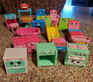 Shopkins 19 all for $10 for Sale in Frisco, TX