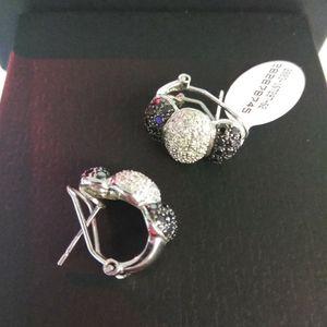 White Gold Earrings for Sale in Hialeah, FL