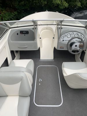 2011 Bayliner discovery 195 for Sale in Randolph, MA
