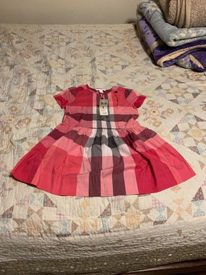 """Burberry dress size 6Y """"New with tags"""" (6-7 yr old) for Sale in Dallas, TX"""