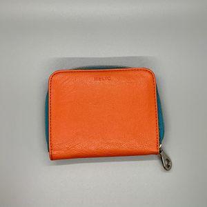 Orange Wallet for Sale in Peoria, IL