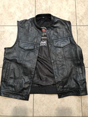 Viking Cycle leather motorcycle vest 3xL Like new for Sale in Santa Fe Springs, CA