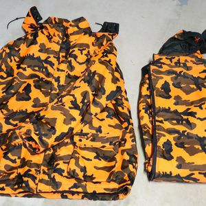 Set Mens XXL WINCHESTER Orange Camo Parka Hood Jacket + XL Pants for Sale in Avondale, AZ