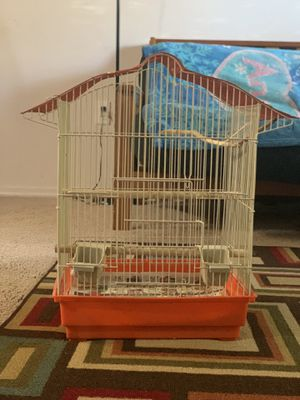 Parakeet cage medium size it's comes with box new for Sale in Beaverton, OR