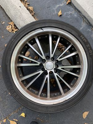 (1) 18 inch rim with 225/40/18 tire in good condition for Sale in Sunrise, FL