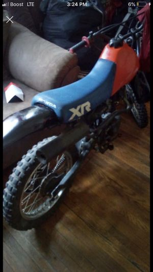 Honda xr 100 year 85 its a antique still rinds and drives only thing is it needs a 26 dollar throttle cable that comes with carberater for Sale in Woonsocket, RI