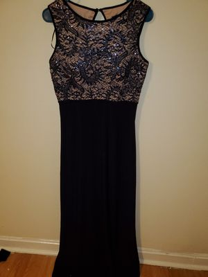 BEAUTIFUL NAVY BLUE PROM DRESS SIZE 8 for Sale in Baltimore, MD