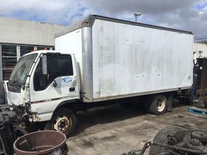 2006 GMC W4500 box truck, damaged , for parts , parts truck , 16' box NO MOTOR Isuzu Nissan for Sale in Fort Lauderdale, FL