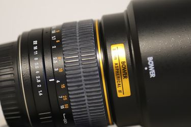 Tamron 28-105 and Bower 85mm 1.4 EF Mount for Sale in Austin,  TX
