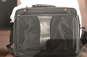 Laptop bag. 12 tall x 16 wide for Sale in Severn, MD