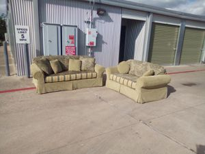 Couch Set by Star Furniture it's a really Unique design it's versatile I'm great condition for Sale in Austin, TX