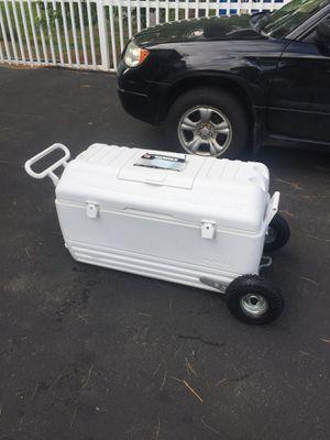 Igloo 165 quart marine cooler for Sale in Tewksbury, MA