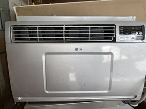 Large A/C window unit for Sale in Tacoma, WA
