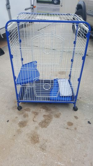 """Large bird cage for birds. (Width 25"""", depth 17"""", height 36 """") for Sale in Tampa, FL"""