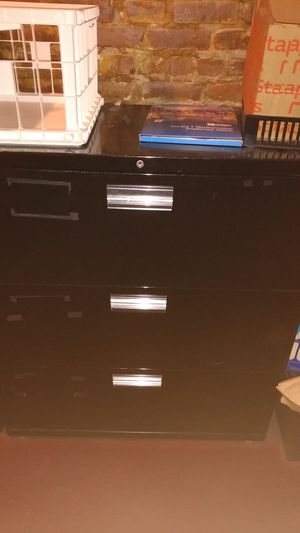 File cabinet large 3 drawer for Sale in Brooklyn, NY