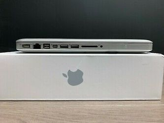 Apple laptop MacBook pro 13 inch for Sale in Los Angeles,  CA